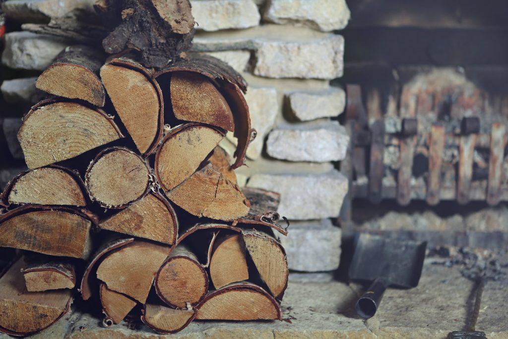 Kiln dried vs barn dried logs